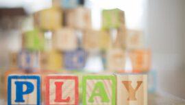 Onze tips voor het kopen van baby- en peuterspeelgoed